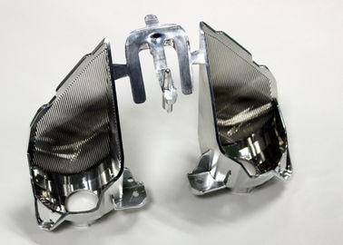 Peças automotivos de chapeamento de processamento secundárias da modelagem por injeção, 2 cavidades com porta lateral