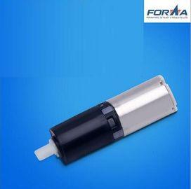 O ODM automotivo do OEM da modelagem por injeção parte o preto do motor da engrenagem, branco