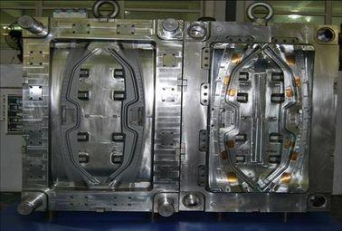 Modelagem por injeção plástica automotivo para o molde quente material do corredor das peças de automóvel PA66 GF30