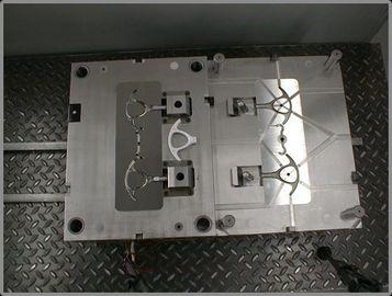 Corte a modelagem por injeção plástica do punho, contrato de produção do material dos PP